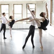 モスクワボリショイアカデミー現地オーディションの記事に添付されている画像