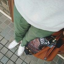 UNIQLOベイカーパンツコーデ&静岡への記事に添付されている画像
