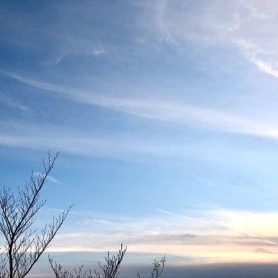 春分の日の優しい空の記事に添付されている画像