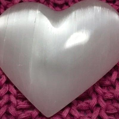 3月21日・4月19日2度の天秤座の満月のもう一つのテーマはパートナーシップ「愛の記事に添付されている画像