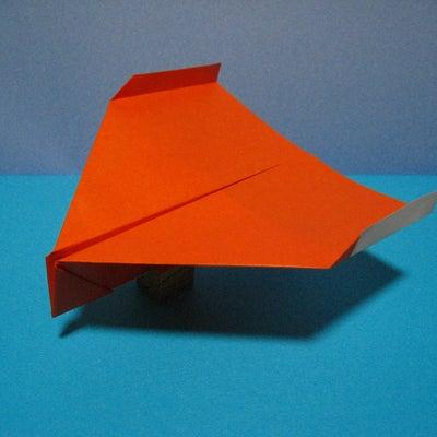 グリッドシステム型紙飛行機『ワンエイス』の作り方の記事に添付されている画像