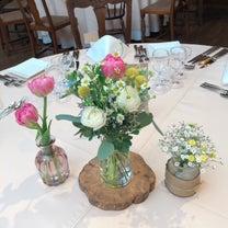 チューリップを使った会場装花&ブーケの記事に添付されている画像