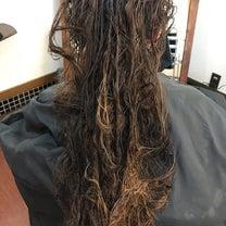 ストレートパーマで艶のある綺麗な髪へ!の記事に添付されている画像