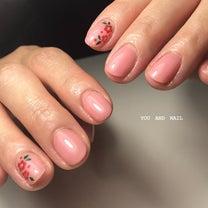 梅の花ネイルの記事に添付されている画像