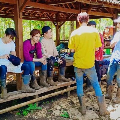 【画像】インドネシアのユノとチャンミン&スジュの記事に添付されている画像