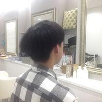 レトロマッシュヘアーでオシャレな雰囲気にの記事に添付されている画像