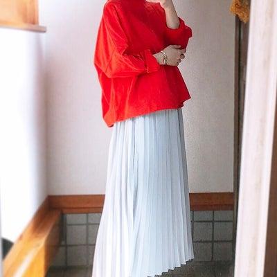神戸レタスのakiicoさんコラボカットソー×GUプリーツスカートの記事に添付されている画像