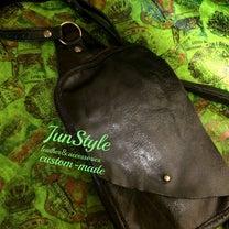 shoulder bag(ボディバッグ)の記事に添付されている画像