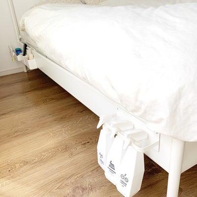 【寝室】マグネットをフル活用したベッド周りの収納の記事に添付されている画像