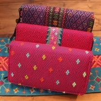 《新商品》カレン族織り刺繍長財布*5color*の記事に添付されている画像