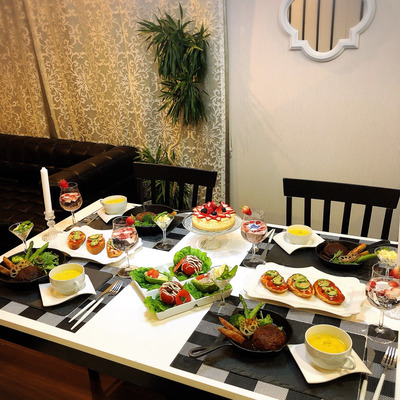 自宅でレストラン気分が味わえる⁈冷凍食品の概念を覆す本格ハンバーグの記事に添付されている画像