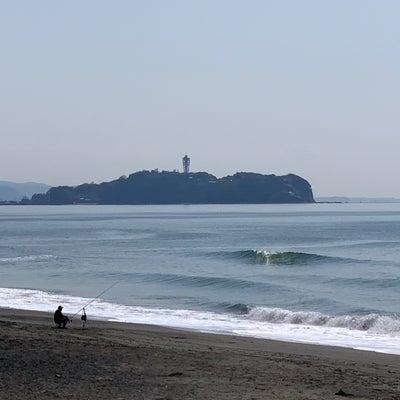 今夜から出張、今朝の湘南の波!何気にできそう??の記事に添付されている画像