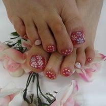 小花柄フットネイル☆の記事に添付されている画像