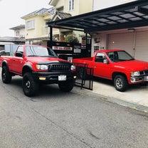赤いトラック D21の記事に添付されている画像