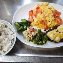 トマトオムレツと椎茸チーズと牡蛎の佃煮御飯定食、、、の記事に添付されている画像