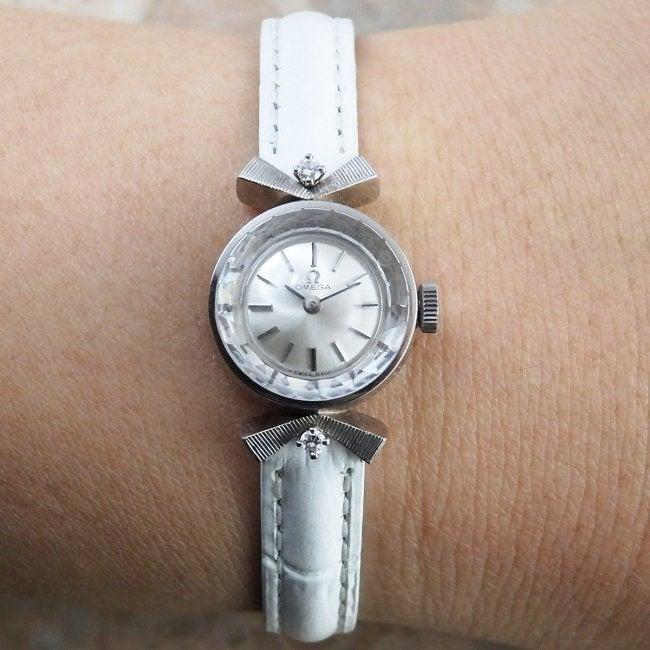 buy popular 1b808 1c751 オメガ プラチナ ダイヤモンド 1965年 レディース アンティーク ...