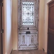 あのアンティークドアがつきました♪の記事に添付されている画像