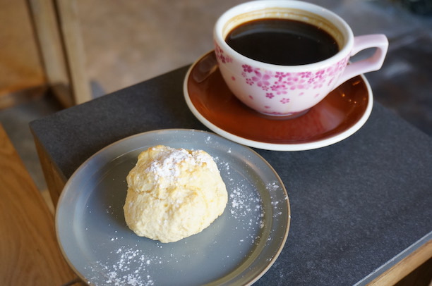 浅草 up to you coffee スコーン