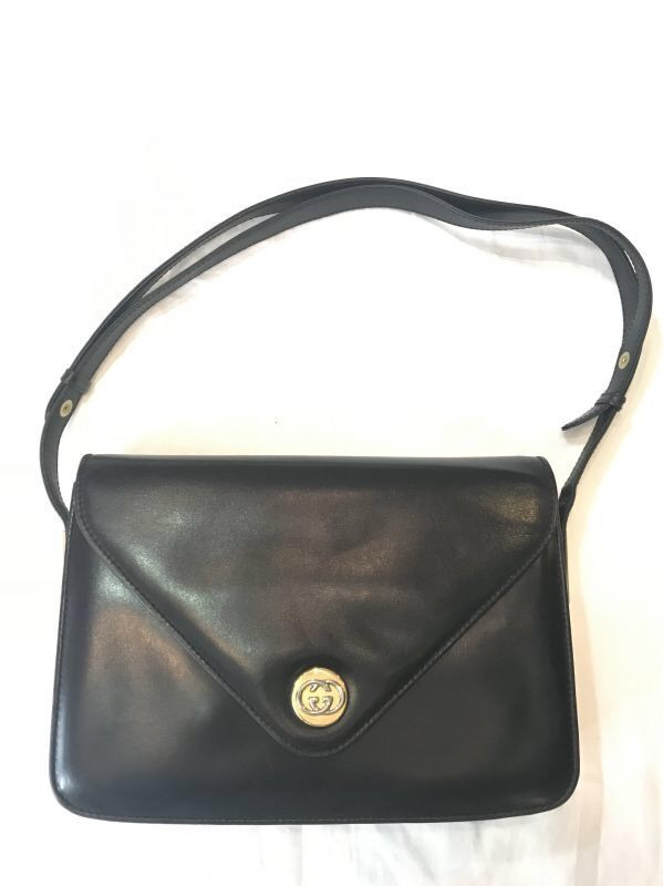 100% authentic de3dc 45093 GG金具モチーフが素敵なGUCCIヴィンテージバッグです ...