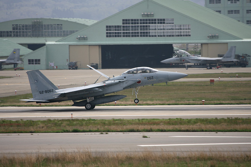 戦闘するデザイン 「F-15 イーグ...
