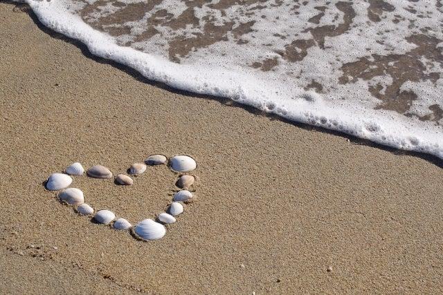 頑なに愛を受け取らなくても愛は注がれ続ける、自分から。というお話。