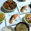 煮物と鮭の塩焼き❤魚美味しい( * ॑˘ ॑*  ) ⁾⁾食後は…❤