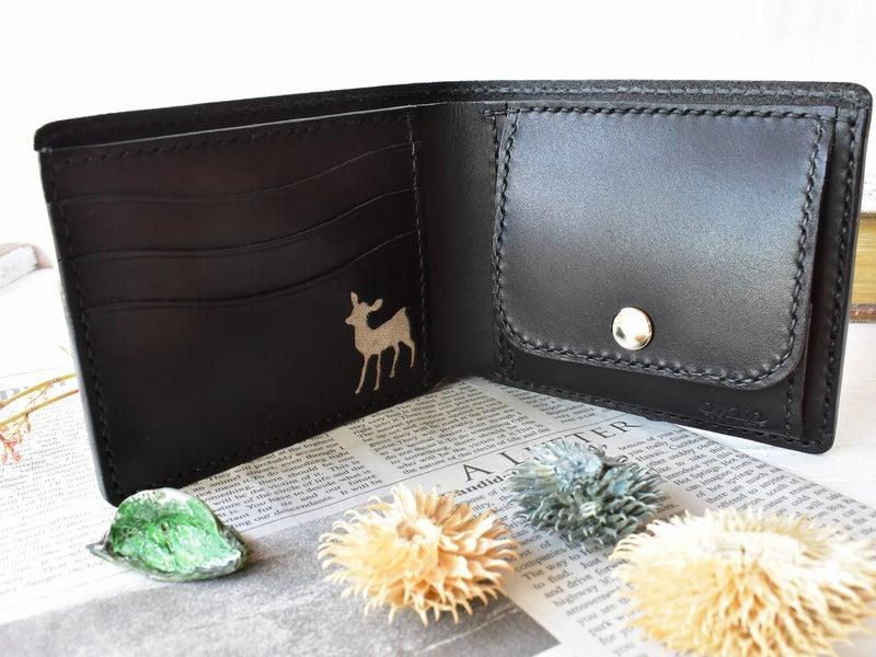 鹿がモチーフのお財布