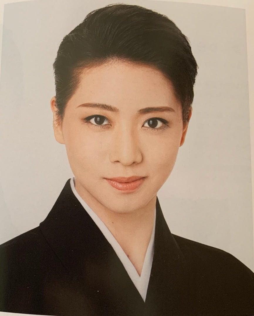 礼真琴さん@朝日新聞 夕刊&宝塚おとめ2019