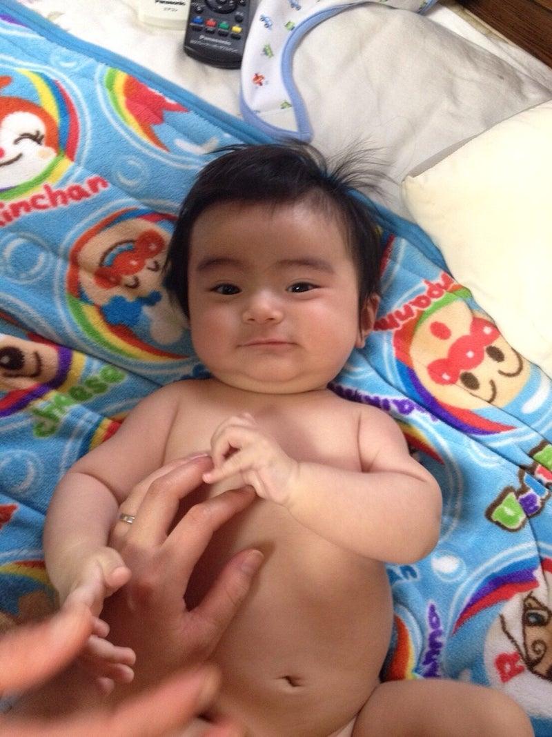 パンパン 赤ちゃん お腹