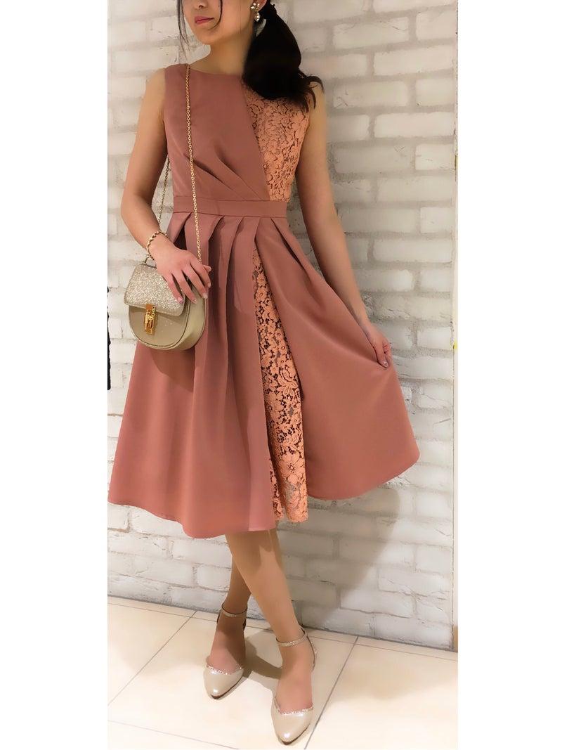 6bd9ab8e01748 さて本日はそんな春から夏にかけての季節にぴったりなドレスをご紹介致します!
