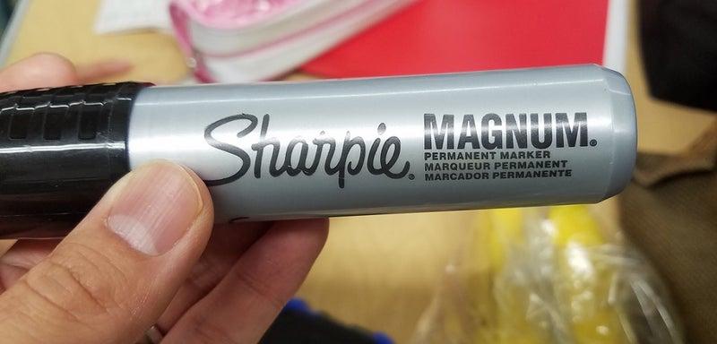 sharpie_magnum
