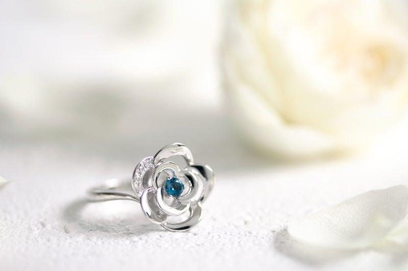 フラワーモチーフジュエリー 夢を叶える青い薔薇
