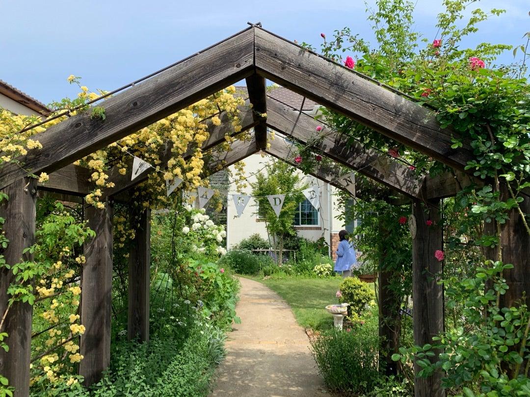 本日のブログは【ガーデンミステリーツアーも3年目!】です。