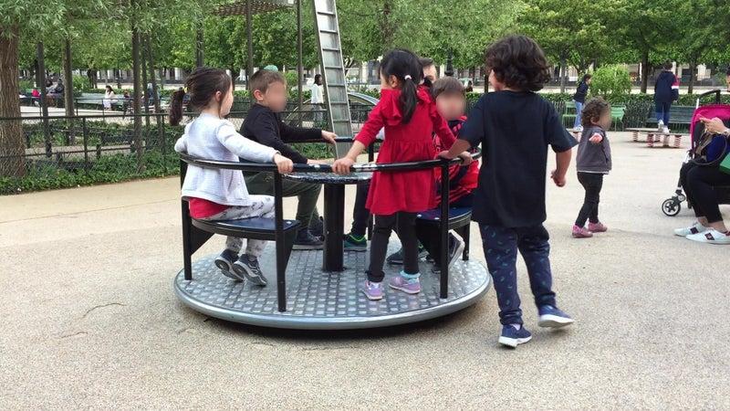 子連れ家族旅行 パリ 幼児 遊具のある公園 無料
