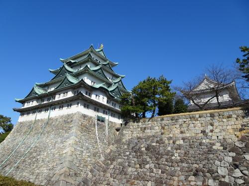 名古屋城天守側面の画像