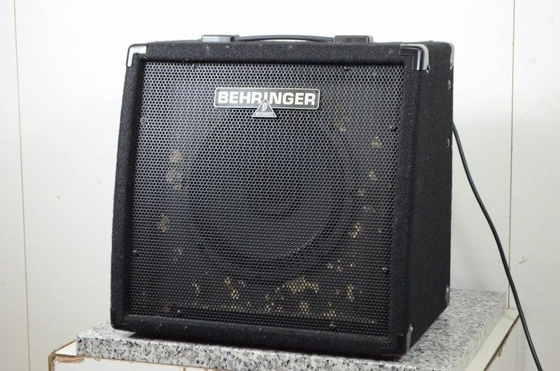 ベリンガーのキーボードアンプK450FX