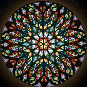 「アミアン大聖堂の薔薇窓」の画像