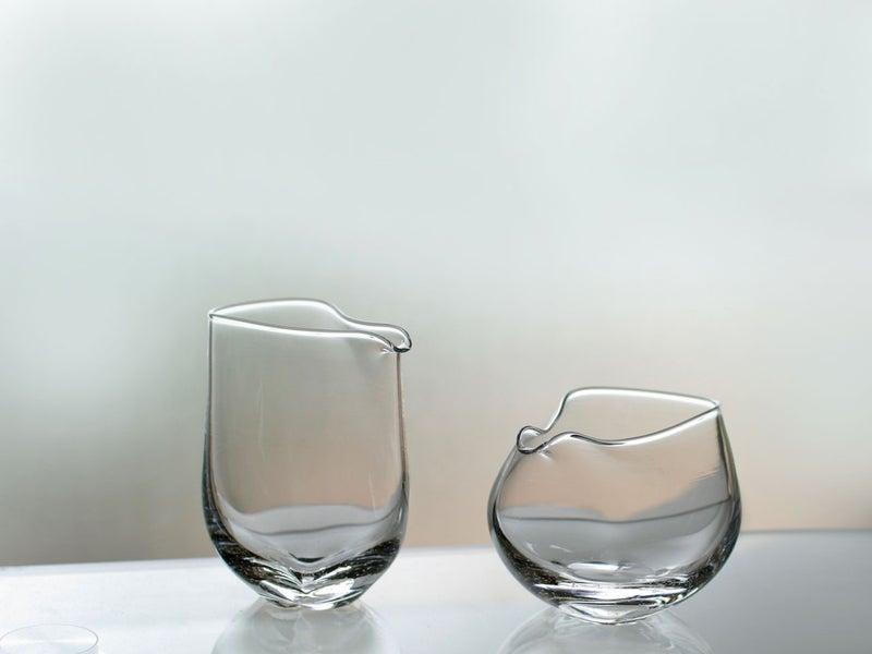 中村真紀さんよりガラスの酒器が到着いたしました