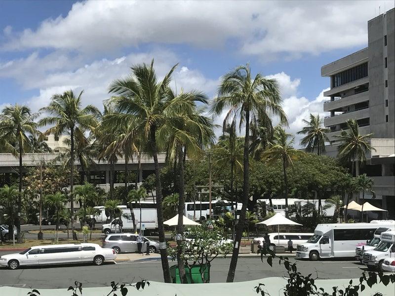 ハワイ初日!「カメハメハ大王」と「ダイアモンドヘッド」と「ハードロックカフェ」