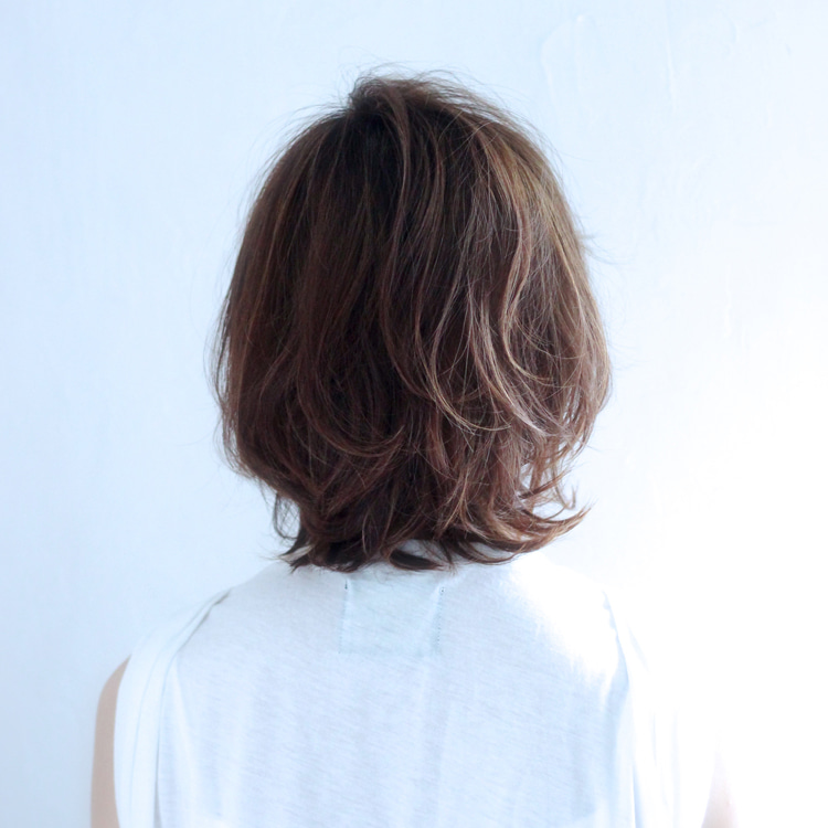 ウルフ 辺見 えみり 髪型