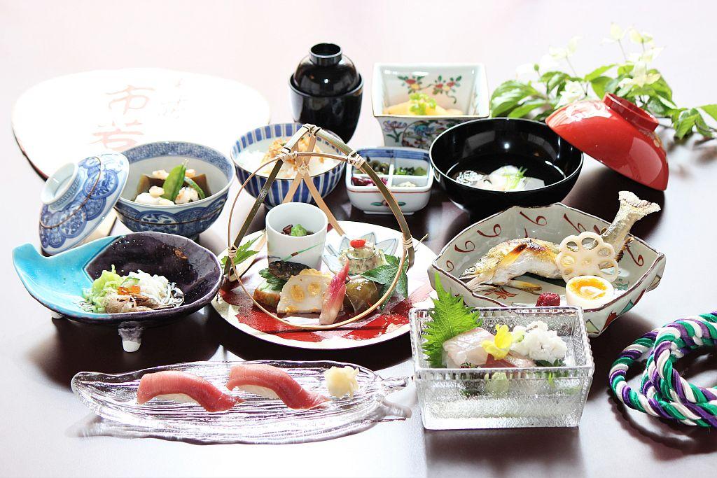 熊魚菴・横浜店  四季折々の京料理が楽しめる会席の記事より