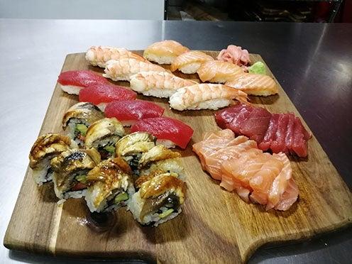 2019-menu-sushi variado