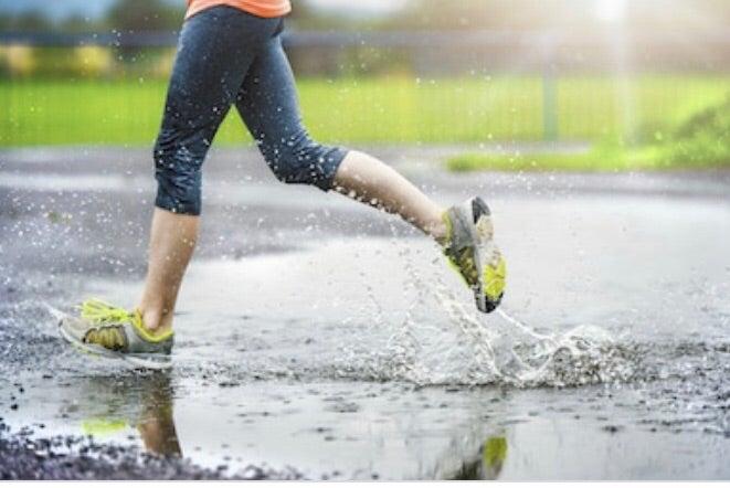 「雨のランニング対策」名古屋パーソナルトレーナーの走る情報の記事より