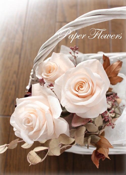 前田京子のペーパーフラワー、ペーパーアートのウエハーペーパーフラワーのバラ