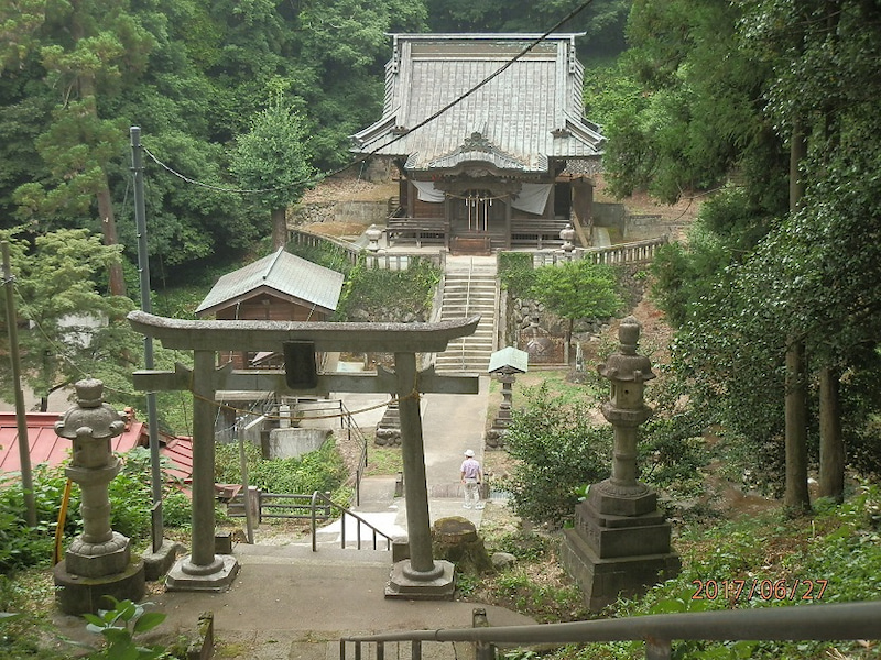 木曾三柱神社