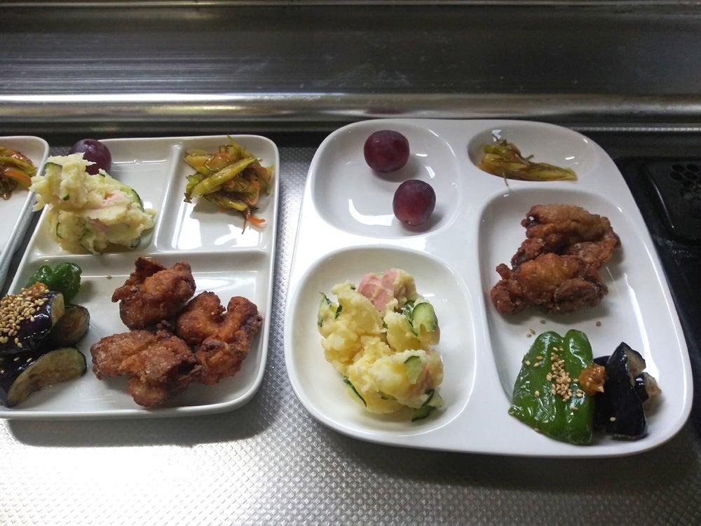 奥尻島では料理は手作りが基本なのでストッカー(冷凍庫)の普及率が高い