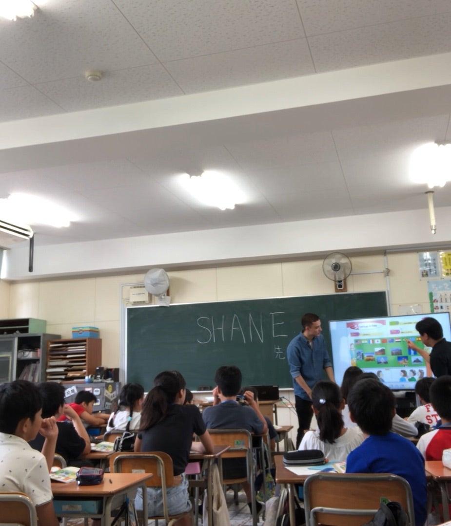 公立小学校での英語授業の記事より