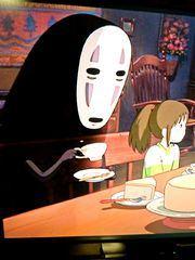 ☆千と千尋の神隠しのカオナシがケーキ食べてるシーンが可愛