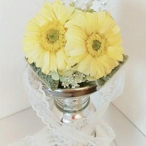 結婚式で身に付けるリストブーケの画像