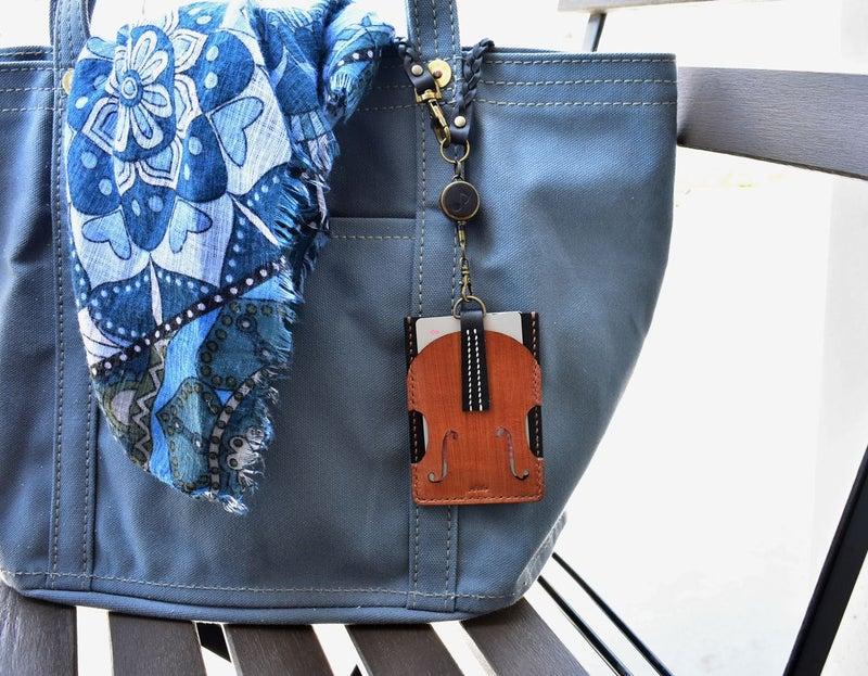 バイオリンのパスケース